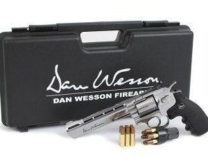 Dan Wesson 6 revolveripaketti